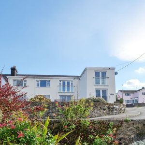 Quayside Apartment Cemaes