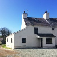 Front of Neuadd Cottage Cemlyn